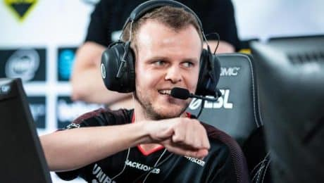 Astralis defeats Team Liquid in the semi-final of ESL One