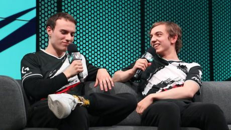 The 2 best LoL players in EU swap roles: