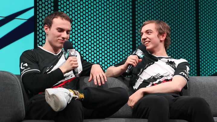 "The 2 best LoL players in EU swap roles: ""Controlled Chaos"""