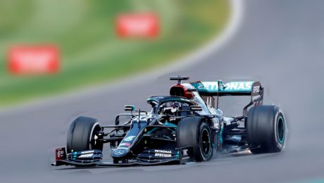 Formula 1: Hamilton wins with a flat tyre, and lousy luck hits Sainz