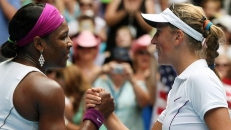 Victoria Azarenka defeats Serena Williams