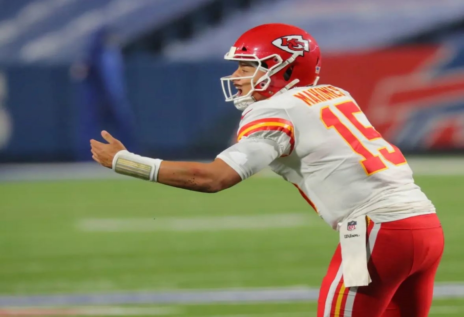 Patrick Mahomes reaching his 90 touchdown
